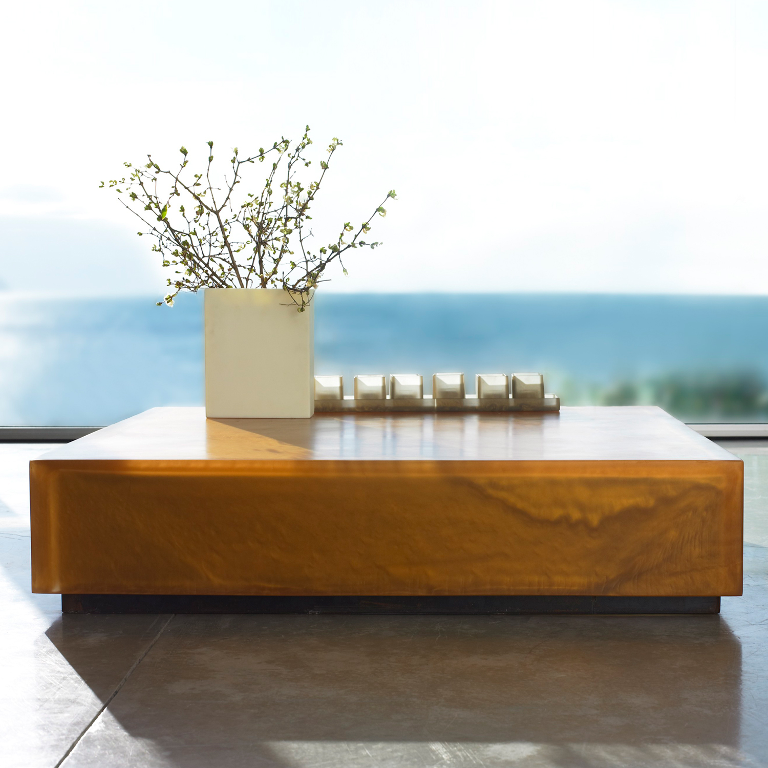 FLOATING SQUARE AND RECTANGULAR TABLE